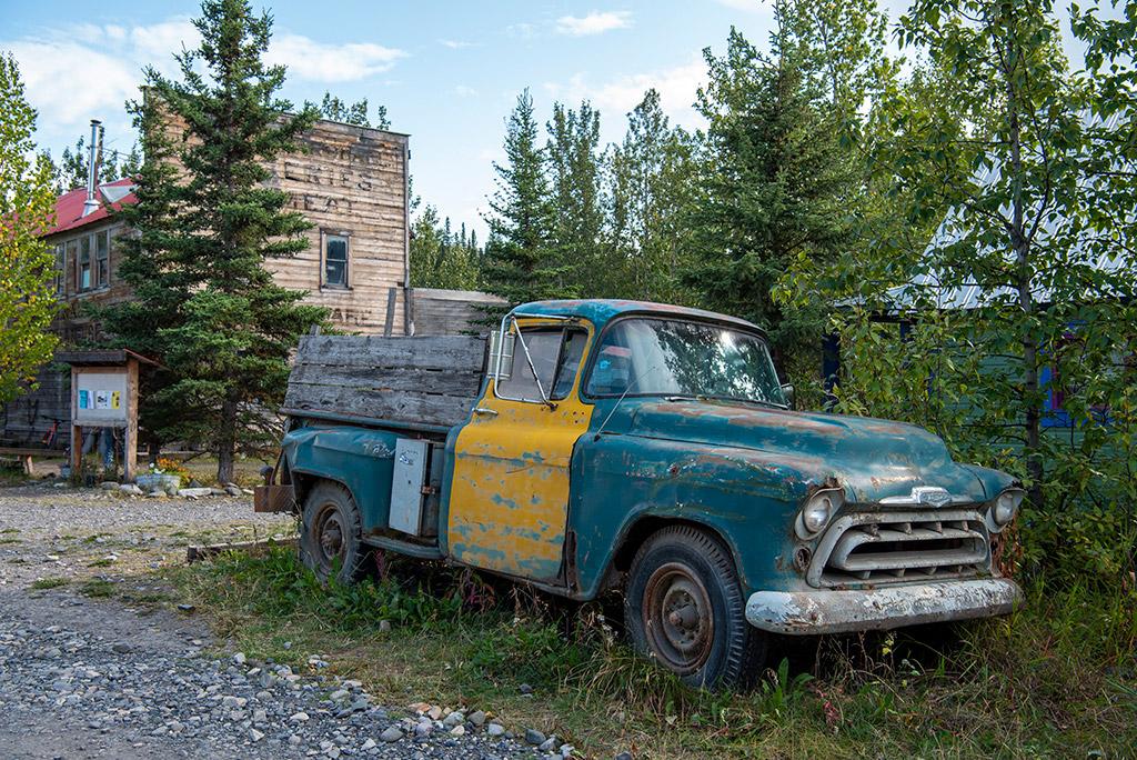 old car in  mccarthy alaska