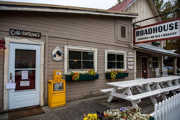 talkeetna roadhouse lodging and restaurant alaska