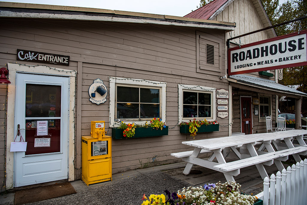 Alaska Road Trip - Talkeetna Roadhouse lodging and restaurant