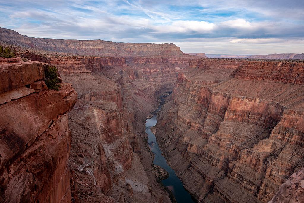 Toroweap Overlook, Toroweap formation and Colorado River