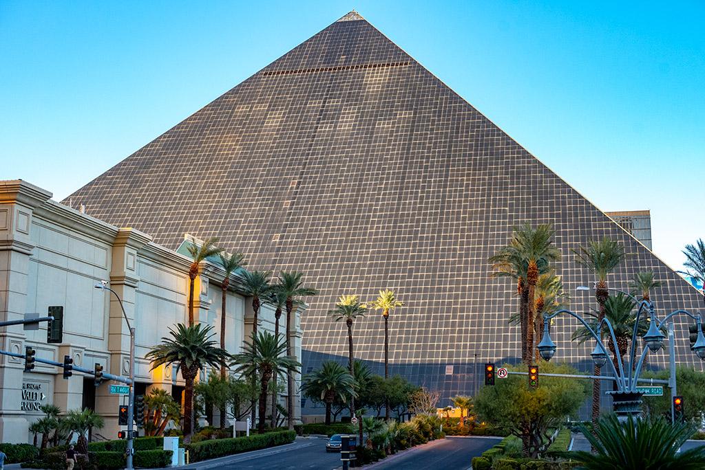 The Luxor Pyramid las vegas 3 days itinerary