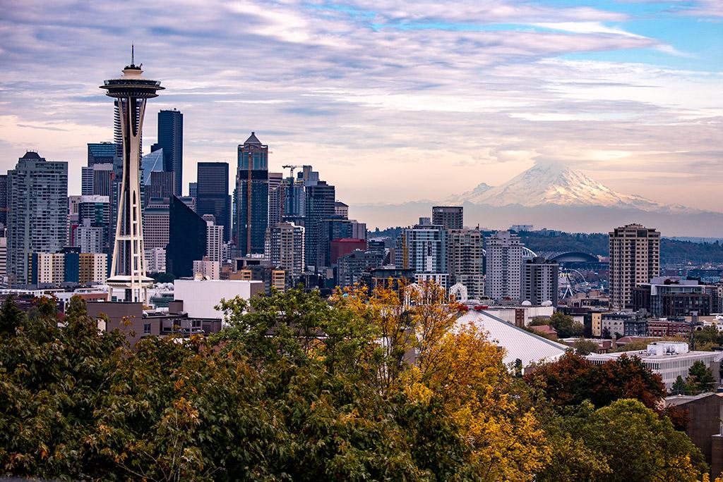 Kerry Park Seattle with Mount Rainier