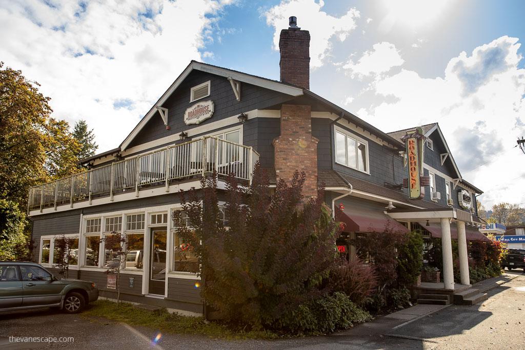 The Roadhouse Bar