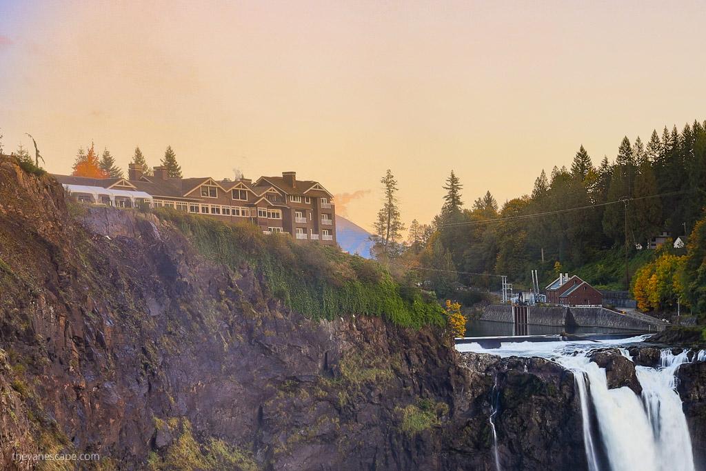 Twin Peaks Great Northern Hotel