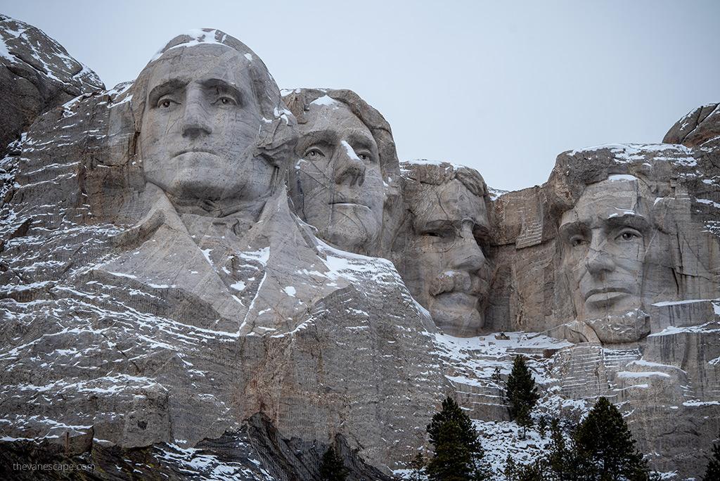 Trip to Mount Rushmore National Memorial